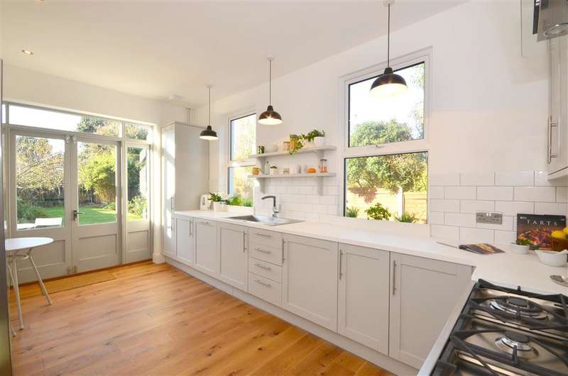 4 Bedrooms Semi Detached House for sale in Cowper Road, Deal, Kent
