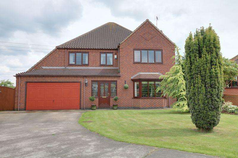 4 Bedrooms Detached House for sale in Wisteria Way Scunthorpe