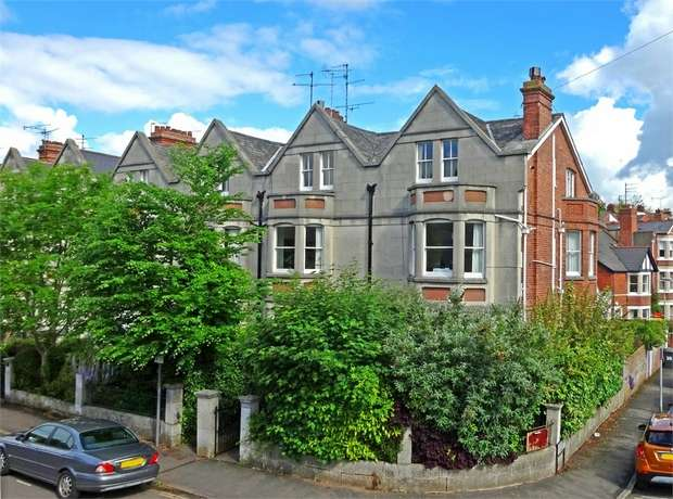 1 Bedroom Flat for sale in Barnfield Road, St Leonards, EXETER, Devon
