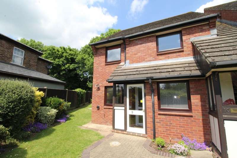 2 Bedrooms Flat for sale in Fairhaven, Egham, TW20