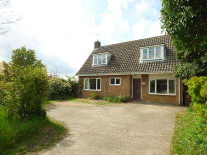 4 Bedrooms Bungalow for sale in Botesdale, Diss, Suffolk