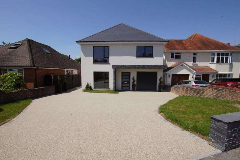 4 Bedrooms Detached House for sale in Anthonys Avenue, Lilliput, Poole