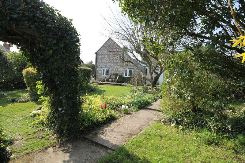 2 Bedrooms Detached House for sale in Newbridge, Isle Of Wight