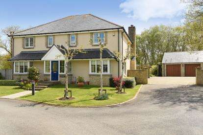 5 Bedrooms Detached House for sale in Lanhydrock, Bodmin, Cornwall