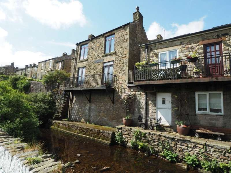 2 Bedrooms Detached House for sale in Church Street, Hayfield, High Peak, Derbyshire, SK22 2JE