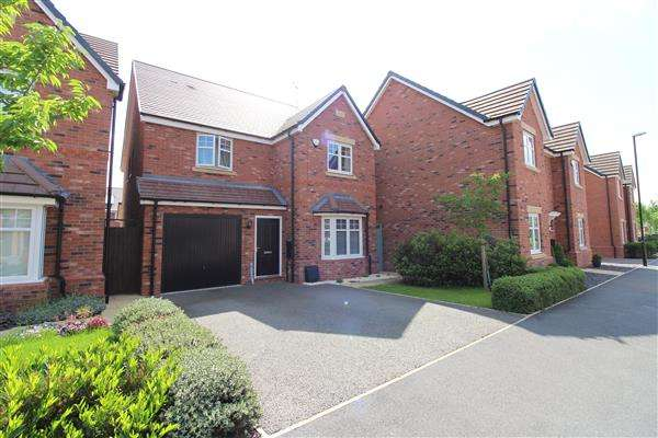 4 Bedrooms Detached House for sale in Bellerose Close, Bannerbrook Park, Coventry