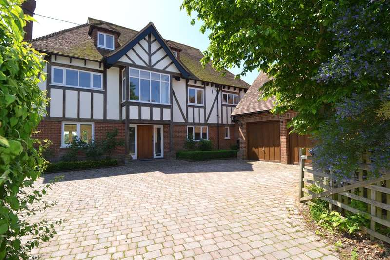 7 Bedrooms Detached House for sale in Grasmere Park, Chestfield, Whitstable
