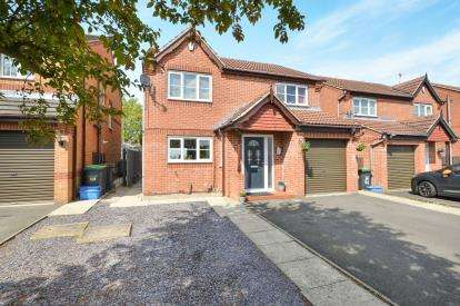 4 Bedrooms Detached House for sale in Crowtrees Drive, Sutton-In-Ashfield, Nottinghamshire