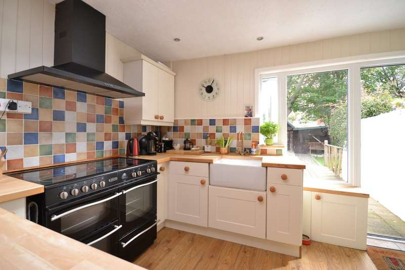 3 Bedrooms Semi Detached House for sale in St Andrews Street, Cowes, Isle Of Wight