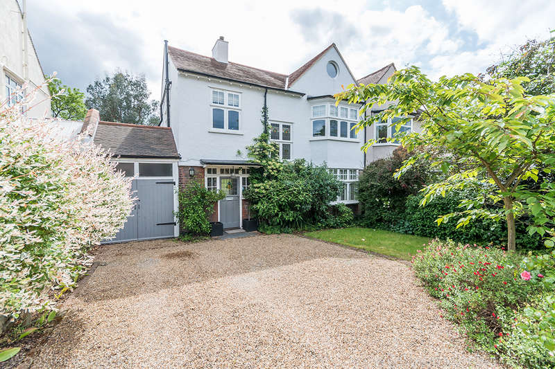 5 Bedrooms Semi Detached House for sale in Court Lane, , SE21