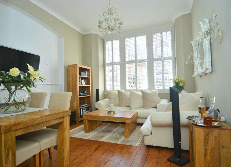 1 Bedroom Ground Flat for sale in Talbot Road, Highgate N6