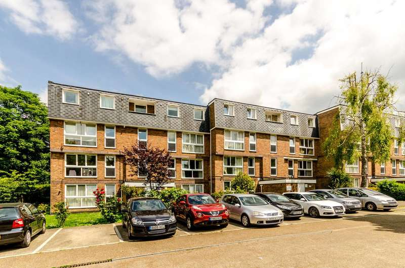2 Bedrooms Maisonette Flat for sale in Rusholme Grove, Crystal Palace, SE19