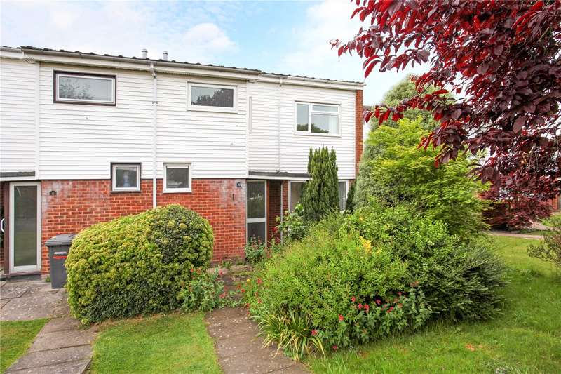 3 Bedrooms Semi Detached House for sale in Martin Close, Windsor, Berkshire, SL4