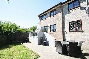 5 Bedrooms Semi Detached House for sale in Riverford Close, Woolwell