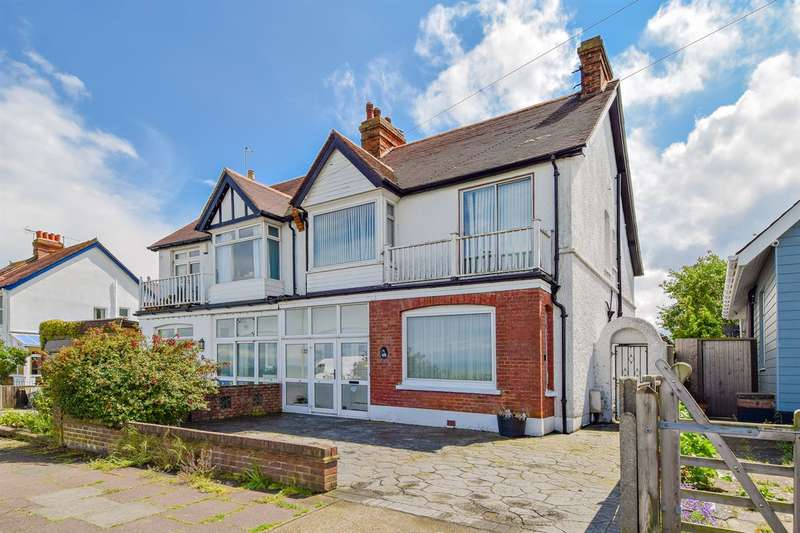 4 Bedrooms Semi Detached House for sale in Beacon Hill, Herne Bay