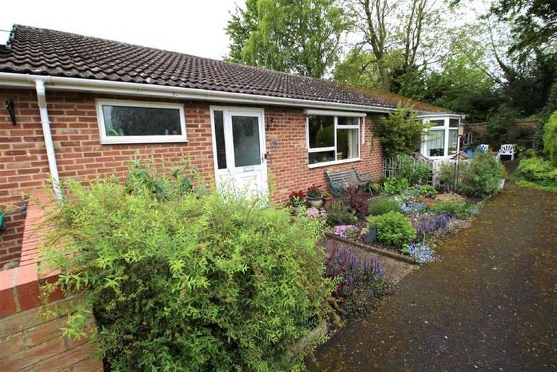 2 Bedrooms Terraced Bungalow for sale in Watersedge, Driffield, East Yorkshire