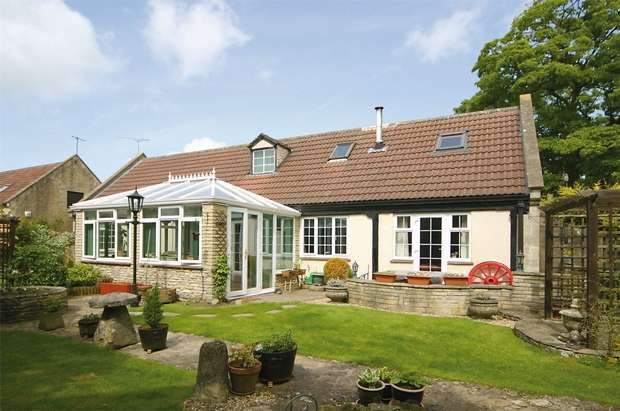 4 Bedrooms Detached House for sale in The Wagon House, 9 The Trimnells, Colerne