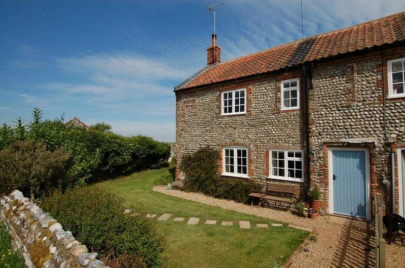 3 Bedrooms Cottage House for sale in Main Road, Sidestrand
