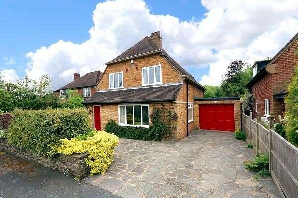 4 Bedrooms Detached House for sale in St Leonards Road, Amersham, HP6