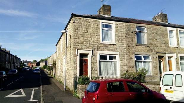 3 Bedrooms End Of Terrace House for sale in Norfolk Street, Accrington, Lancashire
