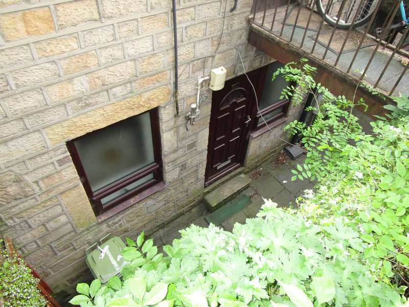 1 Bedroom Apartment Flat for sale in Shaw Hall Bank Road, Greenfield