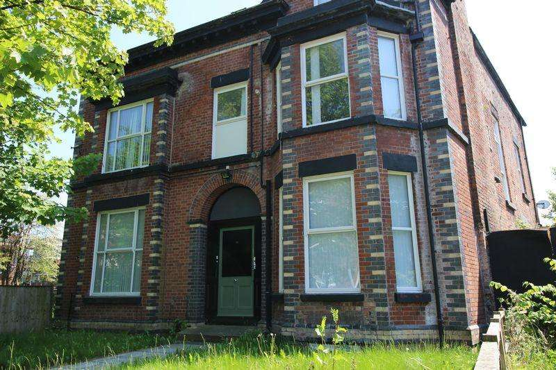 5 Bedrooms Apartment Flat for rent in Bentley Road, Liverpool