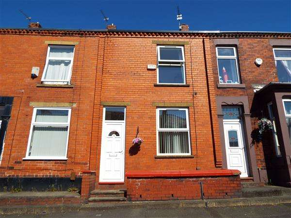 2 Bedrooms Terraced House for sale in Crossley Street, Royton