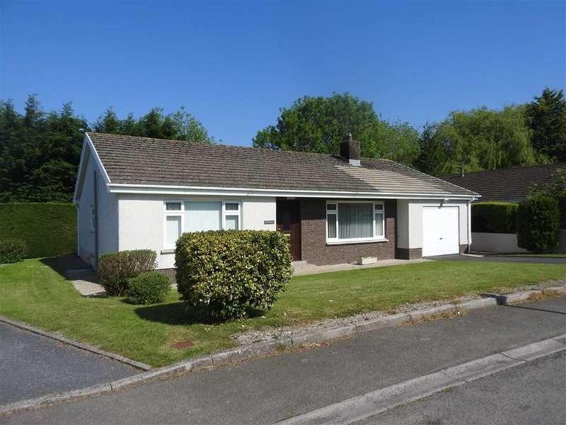 3 Bedrooms Detached Bungalow for sale in Clos Llyn Y Felin, Gwbert Road, CARDIGAN