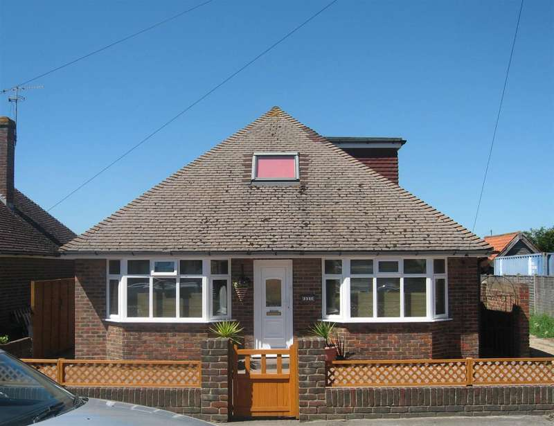 4 Bedrooms Chalet House for sale in Brighton Road, Lancing