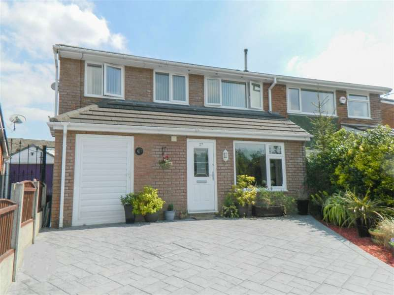 3 Bedrooms Semi Detached House for sale in Harwood Vale, Harwood, Bolton, Lancashire