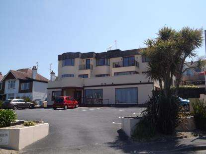 1 Bedroom Flat for sale in Alexandra Road, Newquay, Cornwall