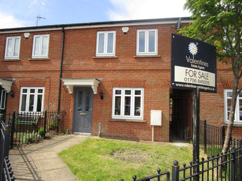 2 Bedrooms Terraced House for sale in Rosebay Close, Royton