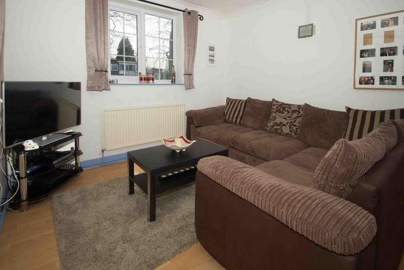 2 Bedrooms Flat for sale in Ashfield Park, Grove Road, Headingley, Leeds 6