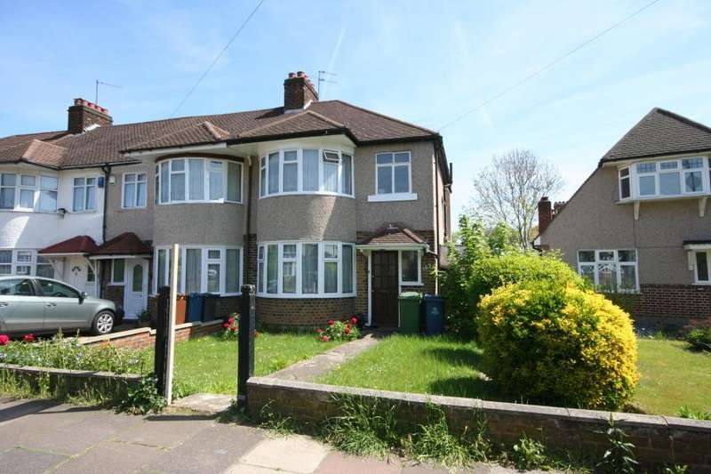 3 Bedrooms Semi Detached House for sale in Cannon Lane, Pinner HA5 1HX