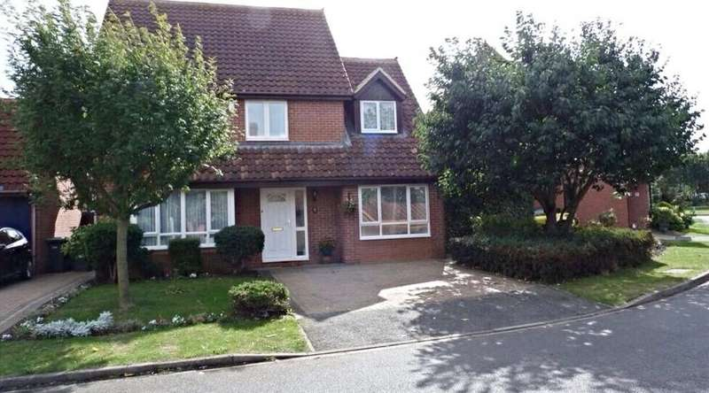 4 Bedrooms Detached House for sale in Avocet Close, Sandy