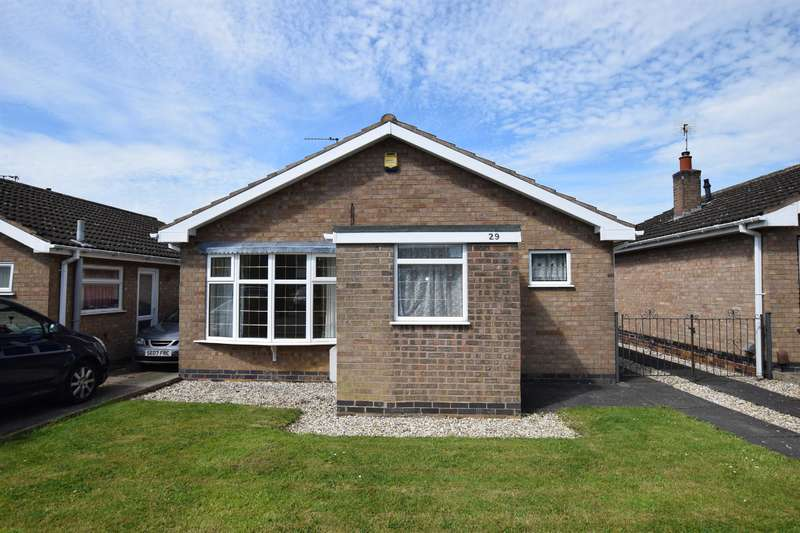 2 Bedrooms Bungalow for sale in Frome Avenue, Oadby, Leicester, LE2 4GB