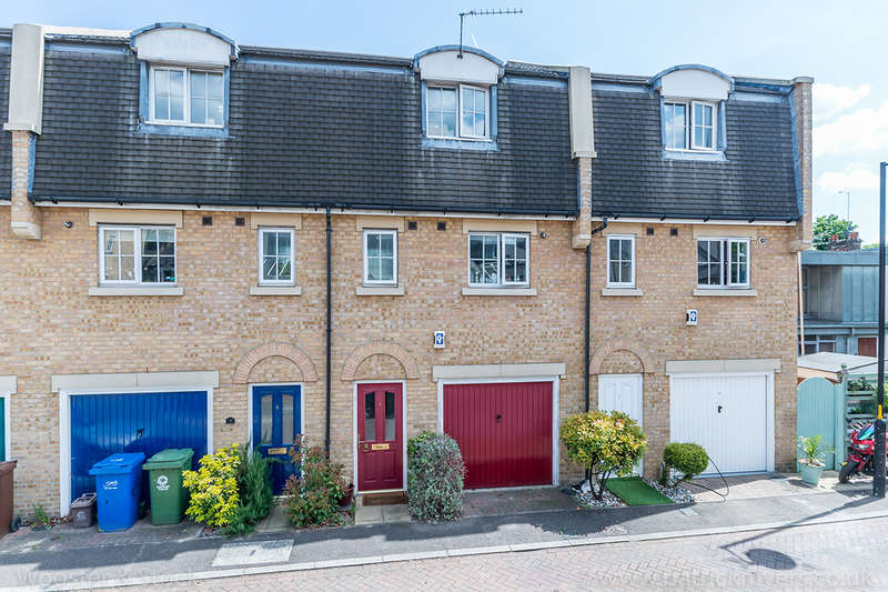 2 Bedrooms Terraced House for sale in Tilson Close, , SE5
