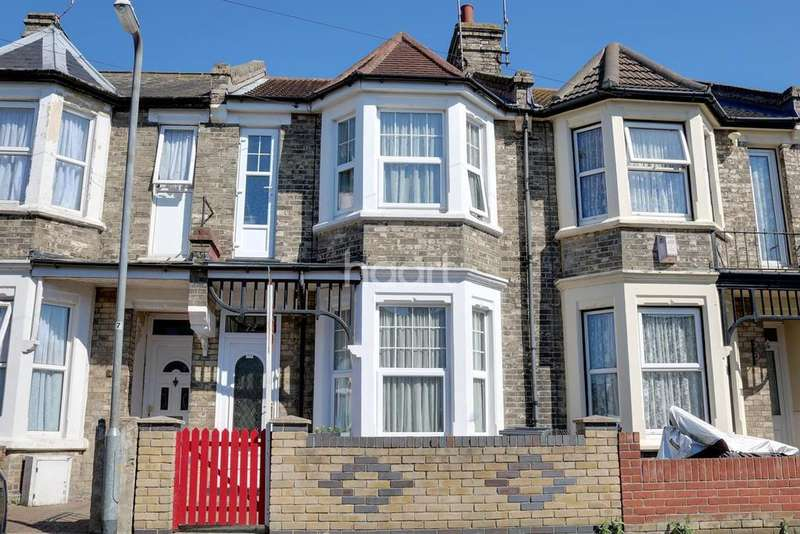 3 Bedrooms Terraced House for sale in Dudley Road