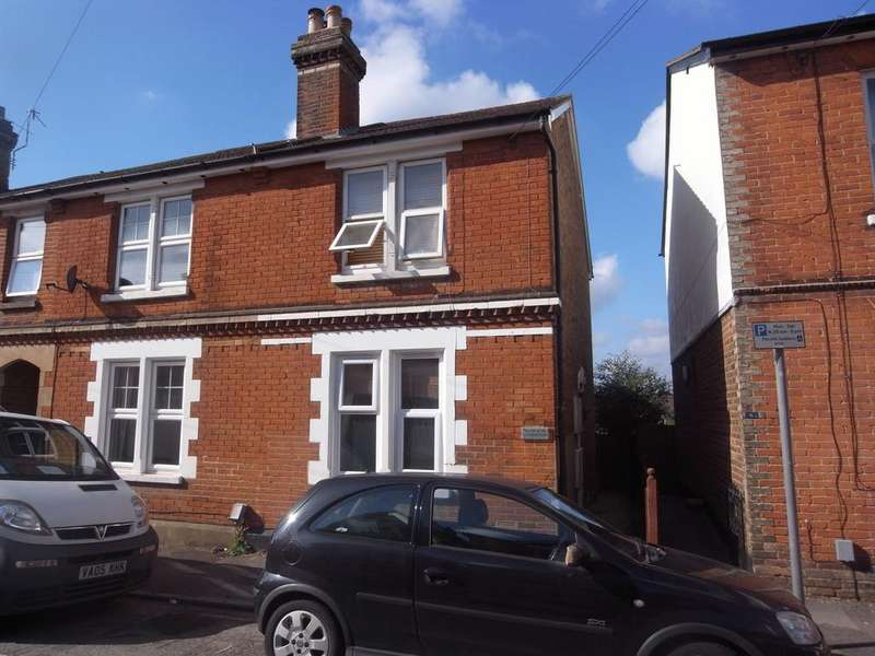 1 Bedroom Apartment Flat for sale in Town Centre