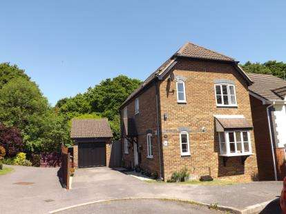 3 Bedrooms Detached House for sale in Warsash, Southampton, Hampshire