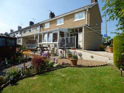 3 Bedrooms Terraced House for sale in Tyddyn To, Menai Bridge, Sir Ynys Mon, LL59