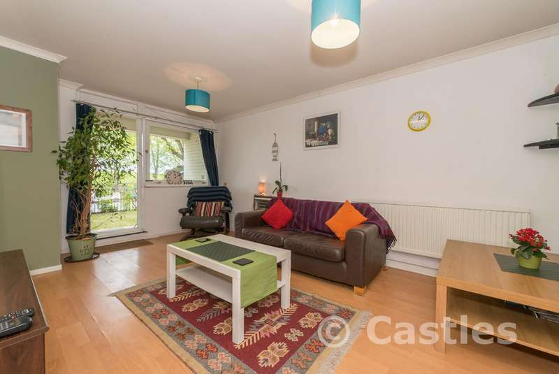 Flat for sale in Craven Park Road, London, N15