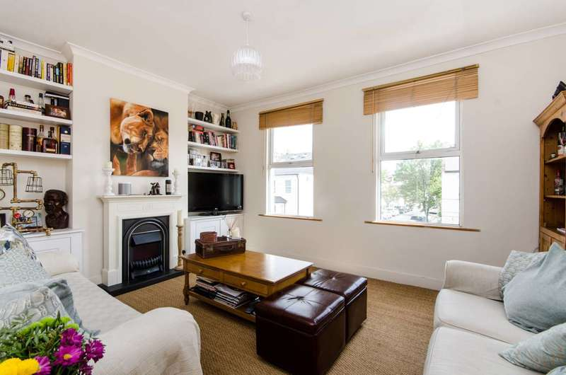 2 Bedrooms Flat for sale in Russell Road, Wimbledon, SW19