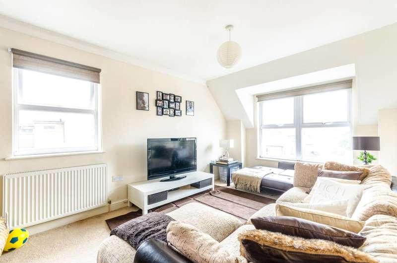2 Bedrooms Flat for sale in Ravenscroft Road, Beckenham, BR3
