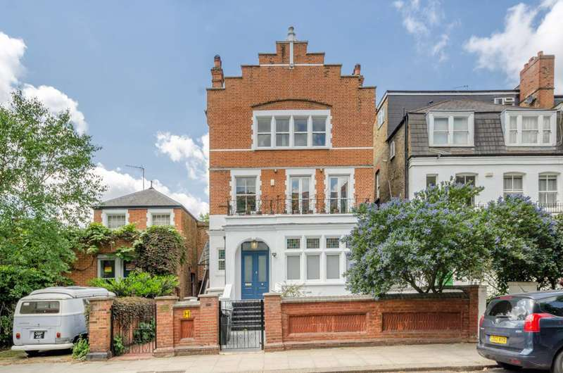 3 Bedrooms Maisonette Flat for sale in Fairhazel Gardens, South Hampstead, NW6