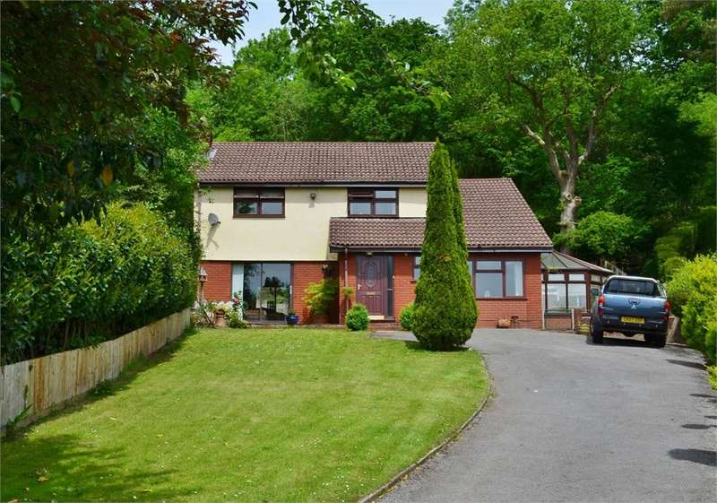 4 Bedrooms Detached House for sale in Croft House, Church Street, Machen, Caerphilly, CF83