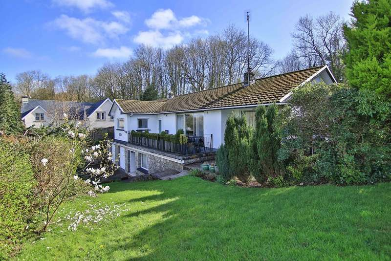 5 Bedrooms Detached House for sale in The Rhiw, Graig Penllyn, Cowbridge