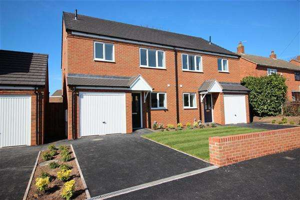 3 Bedrooms Semi Detached House for sale in Birch Lane, Walsall
