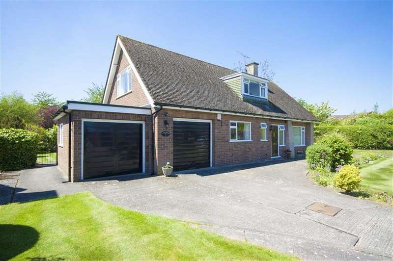 4 Bedrooms Detached House for sale in Westhope Avenue, Copthorne, Shrewsbury, Shropshire