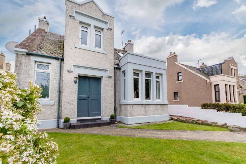 3 Bedrooms Detached Villa House for sale in Milton Road East, Edinburgh, EH15 2NZ